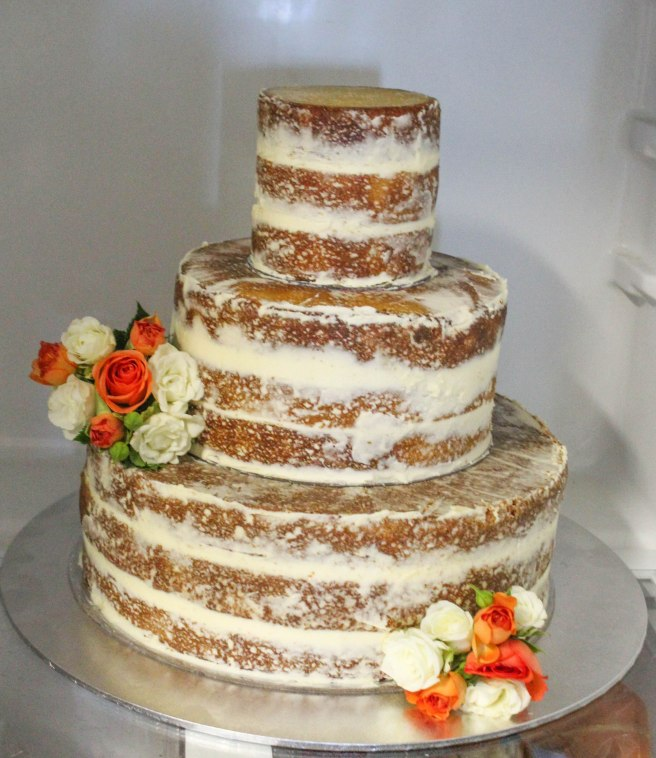 naked_wedding_cake_assembled2